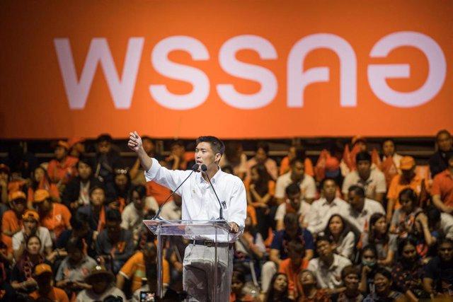 El líder de la principal fuerza política de Tailandia, Futuro Adelante, Thanathorn Juangroongruangkit.