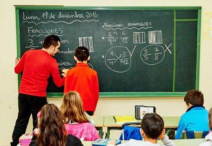 La Junta actuará contra el fracaso escolar en zonas desfavorecidas de diez municipios de la provincia de Granada