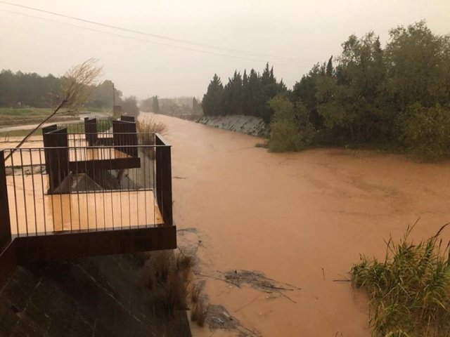 Alzira activa la preemergencia por inundaciones en el casco urbano
