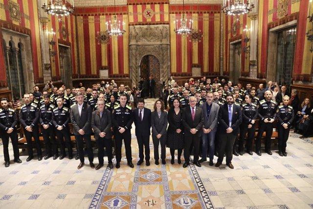 El tinent d'alcalde de Barcelona Albert Batlle presideix l'acte de benvinguda a 60 nous agents de la Gurdia Urbana, el 21 de gener de 2020.