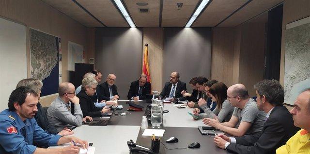 El president de la Generalitat, Quim Torra, i el conseller de l'Interior, Miquel Buch, presideixen la reunió del comitè tècnic de seguiment de la borrasca Glòria a Catalunya, 21 de gener del 2020.