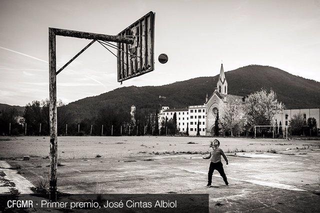 'Treeess, dooss, unooo' , foto de José Cintas Albiol ganadora de la II edición del concurso de Fotografía Guille Martí Revillo