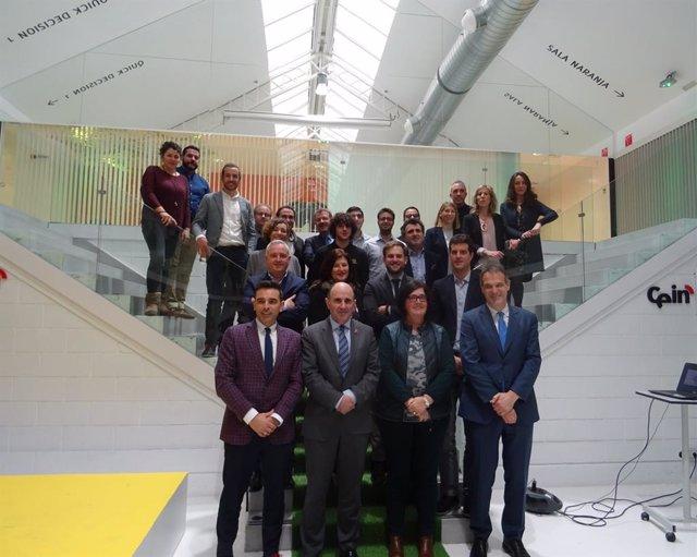 Participantes en la clausura de la sexta edición de Impulso Emprendedor