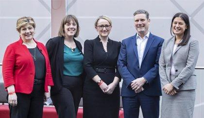 Las primarias laboristas sufren su primera baja con la salida de Jess Phillips