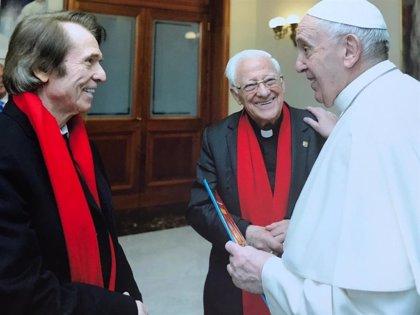 Raphael viaja hasta Roma para reunirse con el Papa