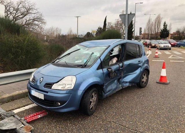 Estado de uno de los vehículos implicados en la colisión.