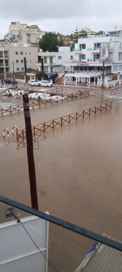 La borrasca Gloria causa desperfectos y pérdidas materiales en los puertos de Baleares