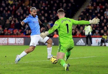 Agüero vuelve a salvar al City y Bellerín rescata a un Arsenal con 10 en Stamford Bridge