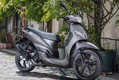 Peugeot incrementa un 7,2% las ventas de scooters de 50 caballos, hasta 3.074 unidades