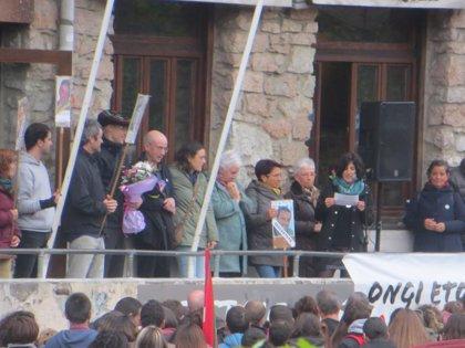Cuatro detenidos, entre ellos Kubati y dos de Sortu, por organizar un centenar de homenajes a presos de ETA