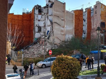 Localizan un cadáver bajo los escombros de una vivienda derrumbada en Alcoi (Alicante)