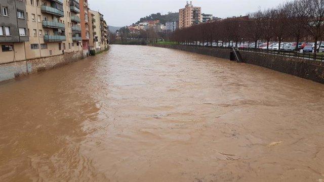 Girona activa el pla d'emergència per risc de desbordament del riu Onyar