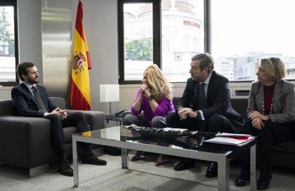 """El PP traslada su apoyo al sector de componentes """"ante las subidas de impuestos y reformas laborales"""""""