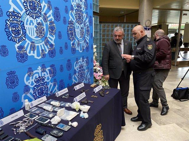 Pedro de la Fuente, subdelegado del Gobierno en Burgos, y Jesús Nogales, comisario jefe de la Policía de Burgos.