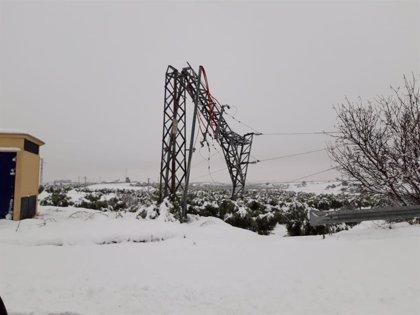 Endesa continúa instalando grupos electrógenos en Teruel y espera restablecer el suministro este miércoles