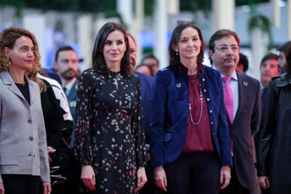 Fitur.- (AMP) La Reina Letizia inaugura Fitur prestando especial atención al turismo español