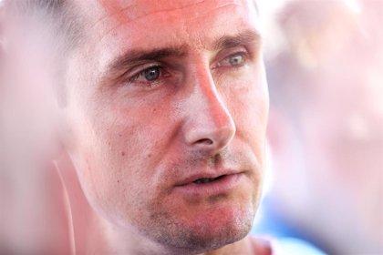 """Klose avisa de que a la selección alemana le falta """"un eje claro"""""""