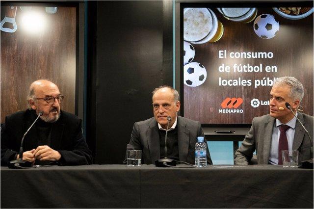 """Fútbol.- Roures: """"Real Madrid y Barcelona tienen que pagar si quieren dar el fút"""