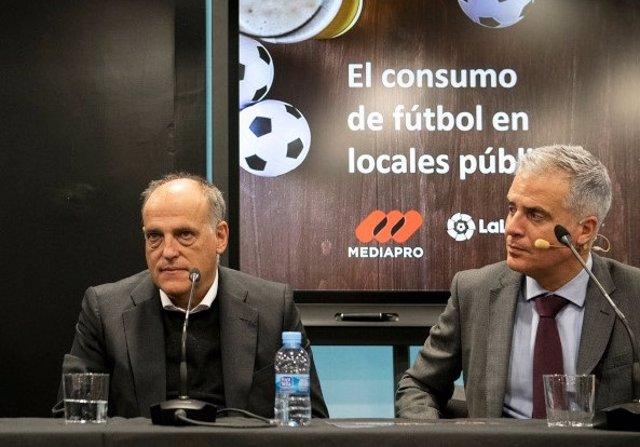 El presidente de LaLiga, Javier Tebas, presenta el estudio sobre el consumo de fútbol en los bares