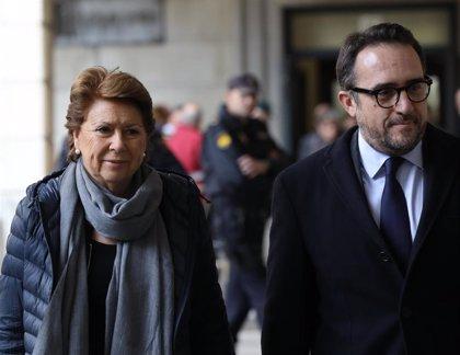 """Magdalena Álvarez recurre la sentencia de los ERE al apreciar """"contradicciones"""" en hechos probados"""