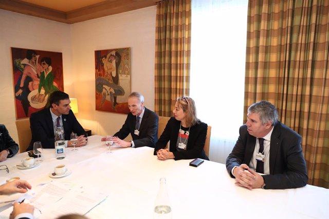 Reunión de Pedro Sánchez con directivos de Renault-Nissan-Mitsubishi en Davos