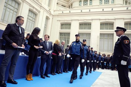 Policías municipales llevarán la bandera nacional en el uniforme si la Comunidad lo aprueba en el reglamento unitario