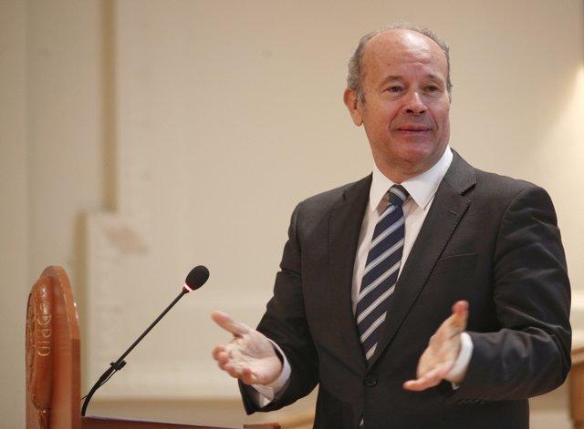 El ministro de Justicia, Juan Carlos Campo, durante su intervención en la inauguración del V Encuentro 'CUMPLEN' organizado por la Asociación de Profesionales de Cumplimiento Normativo, en Madrid (España), a 23 de enero de 2020.