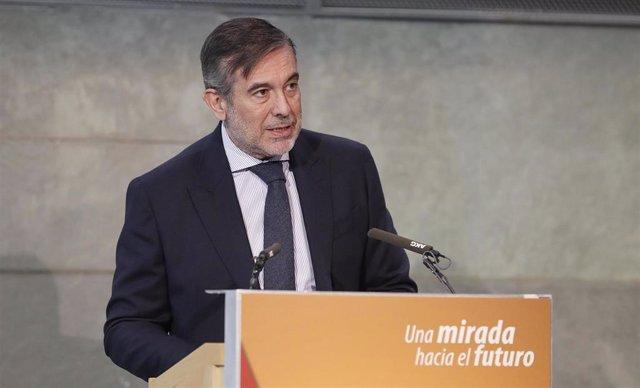 El consejero de Justicia, Interior y Víctimas de la Comunidad y secretario de Justicia del PP, Enrique López.