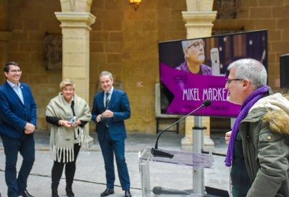 Mikel Markezek 'Biribilean' aurkeztu du zuzenean Bilboko Euskal Museoan