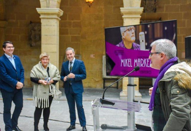 Mikel Markez Euskal Museoan emango duen kontzertua aurkezten.