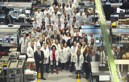 Indra inaugura en Madrid la mayor fábrica de radares de España, destinada a uso civil y militar