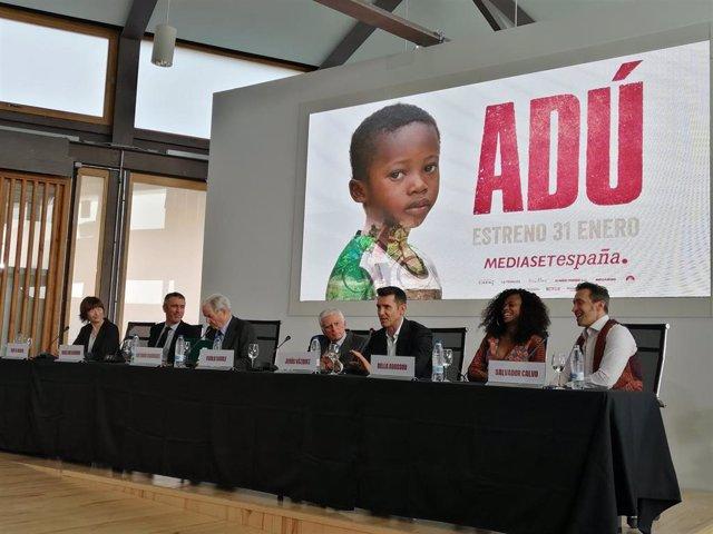 Telecinco Cinema y Yelmo Cines donarán parte de la taquilla de 'Adú', de Salvador Calvo, a la ONG Proyect Ditunga para la construcción de un nuevo hospital en el sur de la República Democrática del Congo, donde la organización trabaja desde hace más de un