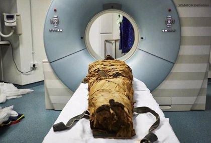 Sintetizan el sonido producido por el tracto vocal de una momia egipcia