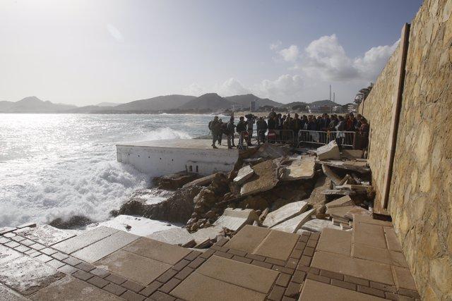 Zona afectada por la borrasca 'Gloria' en el Puerto de Cala Ratjada en Capdepera (Mallorca), durante la visita del presidente del Gobierno, Pedro Sánchez, en Mallorca/Islas Baleares (España) a 23 de enero de 2020.