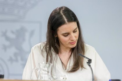 """Irene Montero advierte de que el acuerdo con el PSOE """"dice claramente que hay que derogar la reforma laboral"""""""