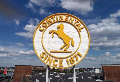 Continental paraliza el ERE y apuesta por reindustrializar la planta de Rubí