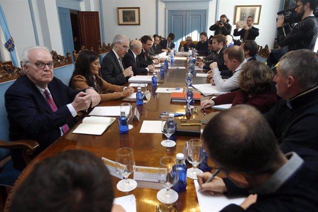 Reunión de la mesa de Alcoa San Cibrao