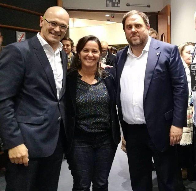 De izquierda a derecha: el exconseller Raúl Romeva, la portavoz del BNG en Europa, Ana Miranda, y el exvicepresidente de la Generalitat Oriol Junqueras.