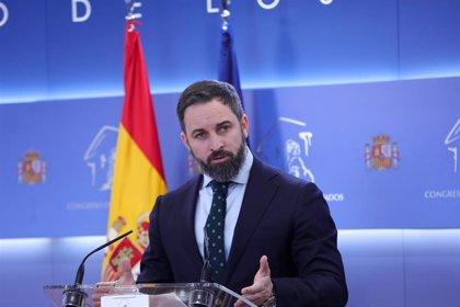 "Abascal asegura que Ábalos ""debe dimitir"" tras su reunión con la vicepresidenta de Maduro"