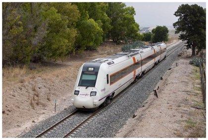 Los viajeros de la línea de tren Badajoz-Alcázar de San Juan serán trasladados en bus desde este sábado por obras