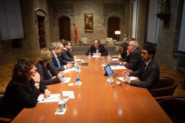 Reunión del presidente de la Generalitat, Quim Torra, con los consellers de los departamentos implicados en la gestión de los efectos del 'Gloria' para evaluar los daños y coordinar la respuesta del Govern
