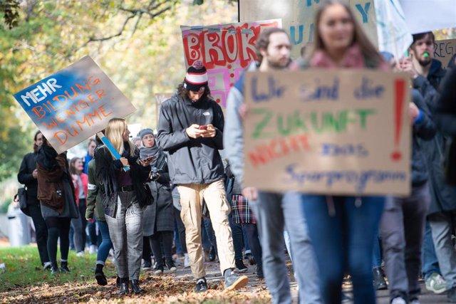 Estudiantes alemanes en una manifestación el pasado mes de octubre para pedir mejor financiación para la educación superior.