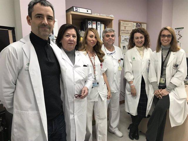 Enfermeros, rehabilitardores y endocrinólogos del Macarena diseñan una nueva dieta para pacientes con disfagia