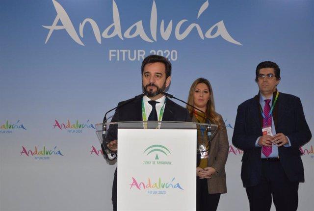 El viceconsejero de Turismo de la Junta de Andalucía, Manuel Alejandro Cardenete, en la Feria Internacional de Turismo (Fitur).
