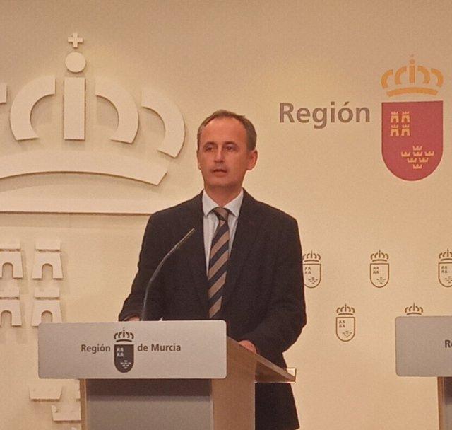 El consejero de Hacienda y Presidencia, Javier Celdrán