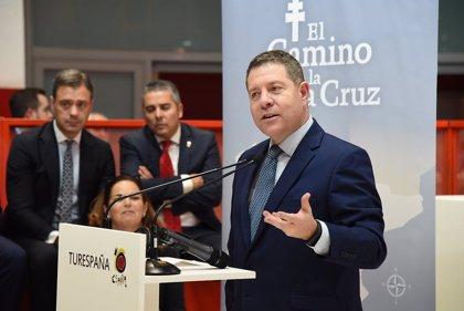 """Page y Mañueco anuncian acuerdo entre CyL y C-LM para """"sumar"""""""