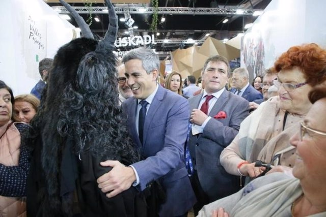 El vicepresidente de Cantabria, Pablo Zuloaga, en Fitur
