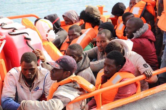 Persones rescatades en una imatge d'arxiu
