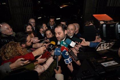 El ministro de Transportes sitúa en 2021 la llegada del AVE a Galicia