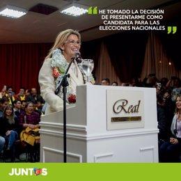 La autoproclamada presidenta interina de Bolivia, Jeanine Áñez, anuncia su candidatura a las elecciones del 3 de mayo.